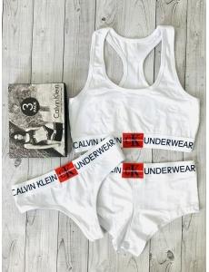 Женский набор тройка топ-стринги-шорты Calvin Klein. Цвет белый.