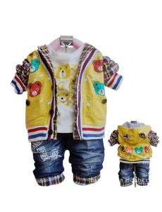 Детский костюм для мальчика тройка - цвет желтый мишка